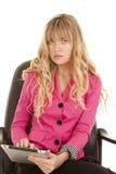 混淆的妇女桃红色顶部片剂 图库摄影