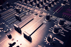 黑混音器控制器 图库摄影