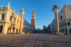 清早在圣Marco广场,威尼斯,意大利 库存图片