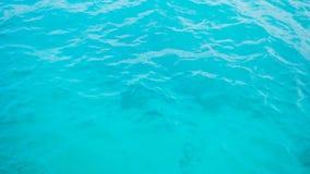 清楚的水色海洋 免版税库存图片