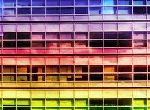 清楚玻璃窗修造高层建筑物 免版税库存照片