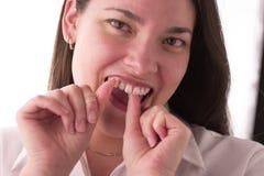 清洁牙齿 免版税库存照片