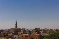 清真寺和城市视图,开罗在埃及 免版税库存照片