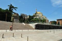 清真寺和尖塔在都拉斯,阿尔巴尼亚 库存图片