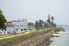 清真寺和灯塔的大厦的看法 加勒,斯里兰卡 免版税库存图片
