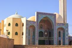 清真寺在伊朗的乡下 库存照片