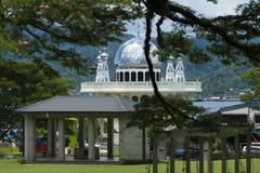 清真寺在安汶市,印度尼西亚 免版税库存照片