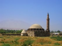 清真寺破坏有篷货车 免版税库存图片