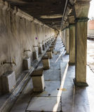 清真寺洗净液设施 库存图片