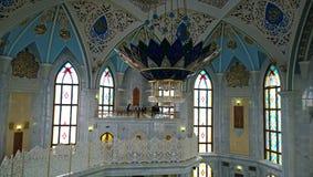 清真寺Kul谢里夫的内部在喀山 免版税库存图片