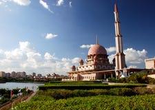 清真寺putrajaya 免版税图库摄影
