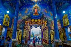 清莱,泰国- 2018年2月01日:寺庙的输入的未认出的人在Wat荣Suea的十,与 库存图片