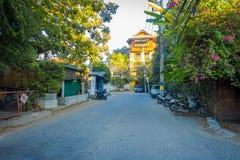 清莱,泰国- 2018年2月01日:摩托车室外看法在街道连续停放了在清迈  免版税库存图片