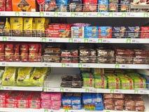 清莱,泰国- 10月28 :在packagin的巧克力薄酥饼 免版税库存照片