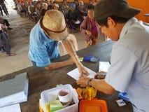 清莱,泰国- 12月19 :未认出的亚裔老人 免版税库存图片