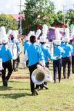 清莱,泰国- 9月19 :未认出的学生戏剧 库存照片