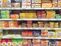 清莱,泰国- 10月28 :薄脆饼干各种各样的品牌我 免版税库存照片