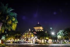 清迈夜徒步旅行队 免版税图库摄影