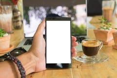 清迈,泰国- 2016年8月06日:拿着lg g4 wi的人手 库存图片