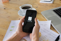 清迈,泰国- 2016年7月14日:Uber机动性apps Uber - Co 库存图片