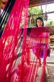 清迈,泰国- 11月17 :未认出的泰国妇女wea 图库摄影