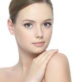 清洗健康皮肤妇女 免版税库存照片