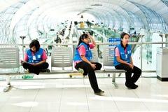 清洁公司的妇女在 免版税库存照片