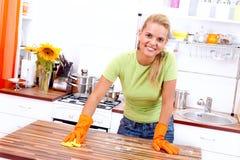 清洗厨房 图库摄影