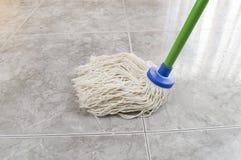 清洗地板大理石 免版税库存照片