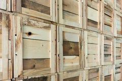 清洗存储仓与条板箱与条板箱的存贮解答 库存图片