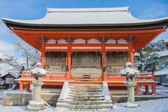 清水寺寺庙的红色塔 库存照片