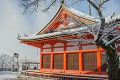 清水寺寺庙的红色塔 免版税库存照片