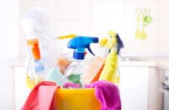 清洁物品在厨房里 免版税图库摄影