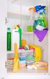 清洁物品在餐具室 免版税图库摄影
