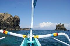 渔三船体游艇在巴厘岛,印度尼西亚 免版税图库摄影