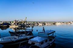 渔夫在明亮的天-土耳其保护 免版税图库摄影