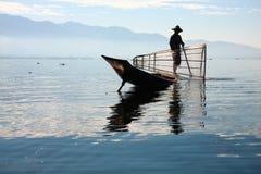 渔夫抓食物的鱼 库存图片