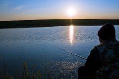 渔夫捕鱼 免版税库存图片
