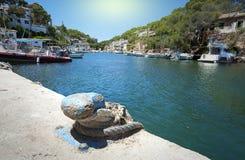 渔夫村庄Cala菲格拉在马略卡,西班牙 免版税库存照片