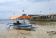 渔夫的小船,苏门答腊,印度尼西亚 免版税库存照片