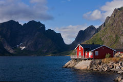 渔夫的房子lofoten海岛 免版税库存图片
