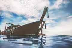 渔木小船的特写镜头弓 图库摄影