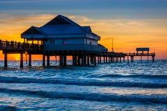 渔码头在日落的墨西哥湾, Clearwater海滩, 库存照片