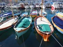 渔船在小游艇船坞在尼斯,法国 库存图片
