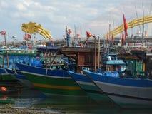 渔船在岘港市,越南 免版税库存图片