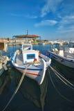 渔船在希腊海岛 免版税库存图片
