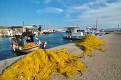 渔船在希腊海岛 免版税库存照片