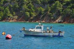 渔船在希腊海岛 库存照片