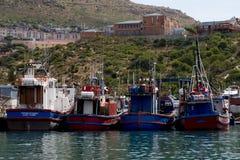 渔船在开普敦港口 免版税图库摄影