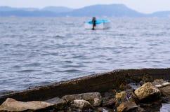 渔船在科孚岛的海 免版税库存照片